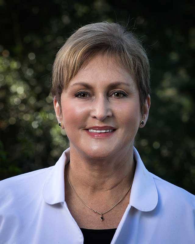 Arina Ganeles, MD